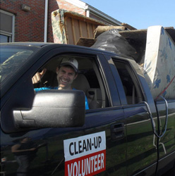 Bradford Park Neighborhood Cleanup @ End of Walnut Lawn | Springfield | Missouri | United States