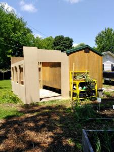 Delaware greenhouse walls
