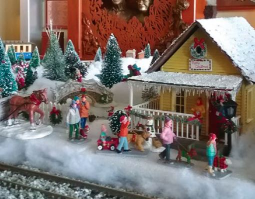 Holiday Train Garden Display @ Springfield Botanical Gardens at Nathanael Greene/Close Memorial Park | Springfield | Missouri | United States